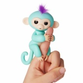 FINGERLINGS Интерактивная  обезьянка  КИКИ  (светло пурпурная), 12 см, FINGERLINGS